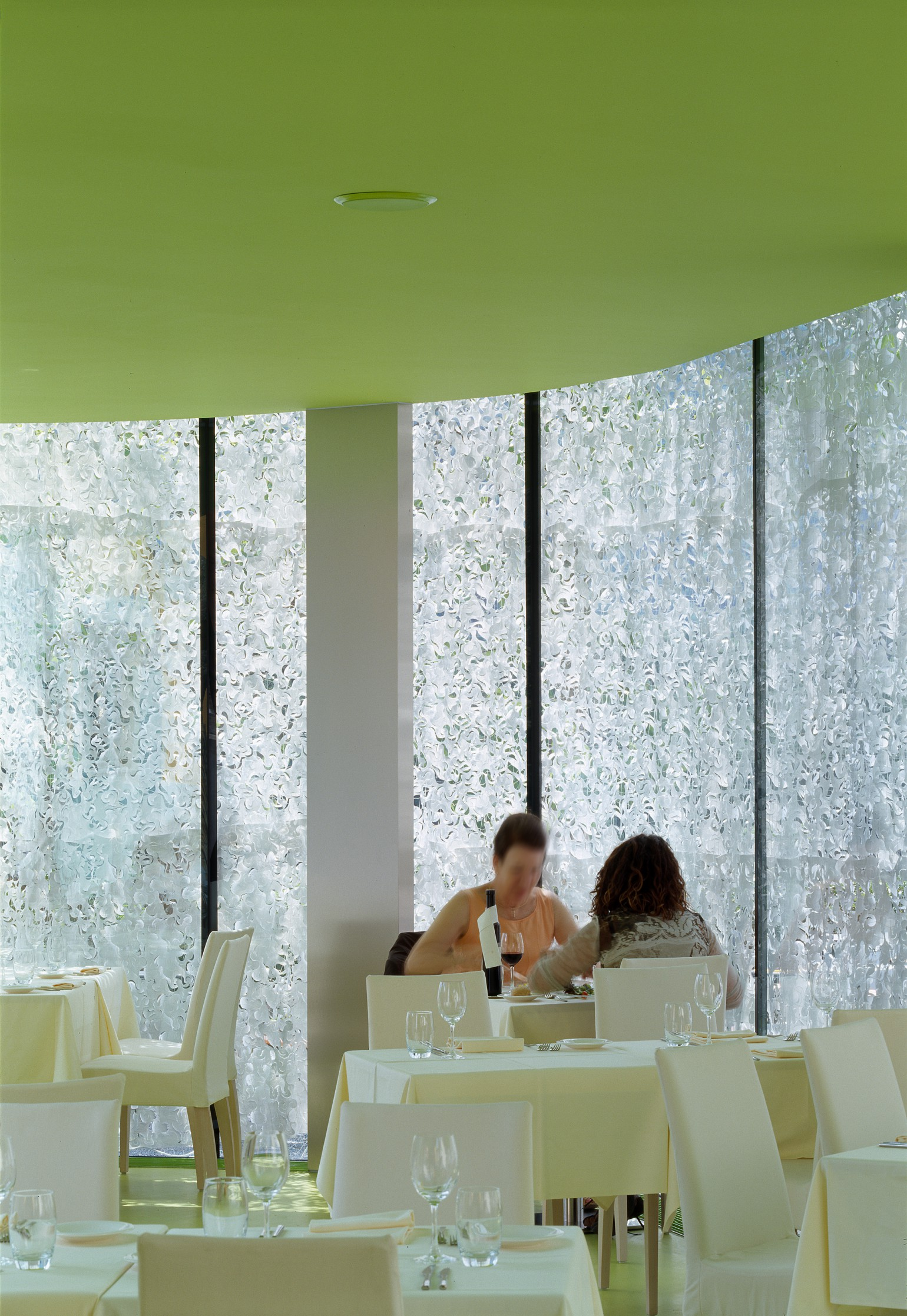 hotel-de-la-poste-sierre-meyer-architecture-sion-06