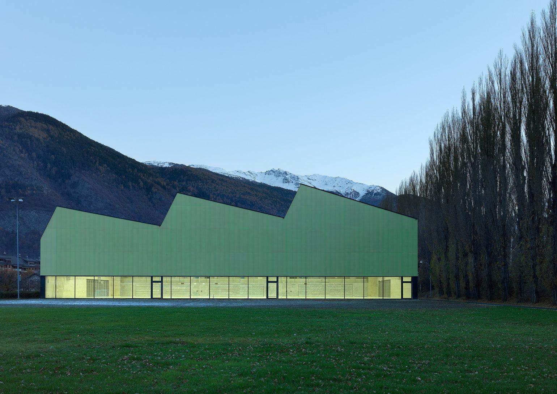 salle_de_sport_triple_viege_meyer_architecture_sion_01