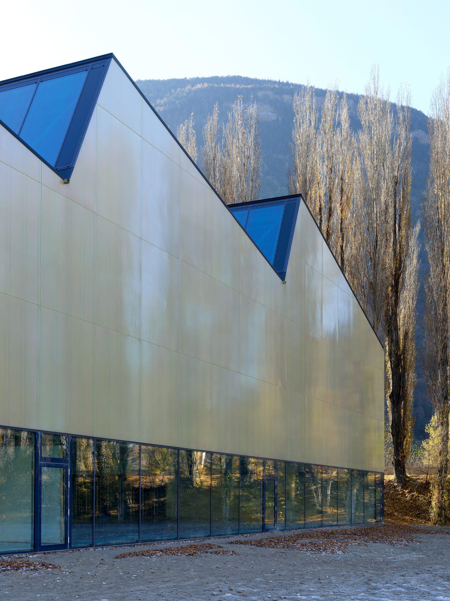salle_de_sport_triple_viege_meyer_architecture_sion_04