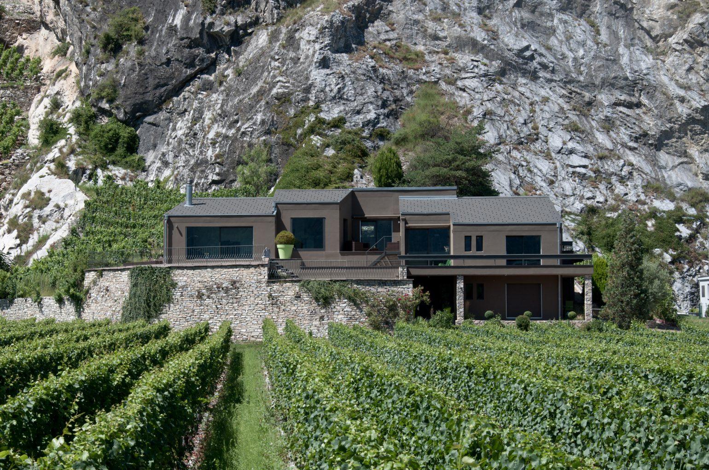 Maison senechal meyer architecture sion - Maison campagne suisse fovea architects ...