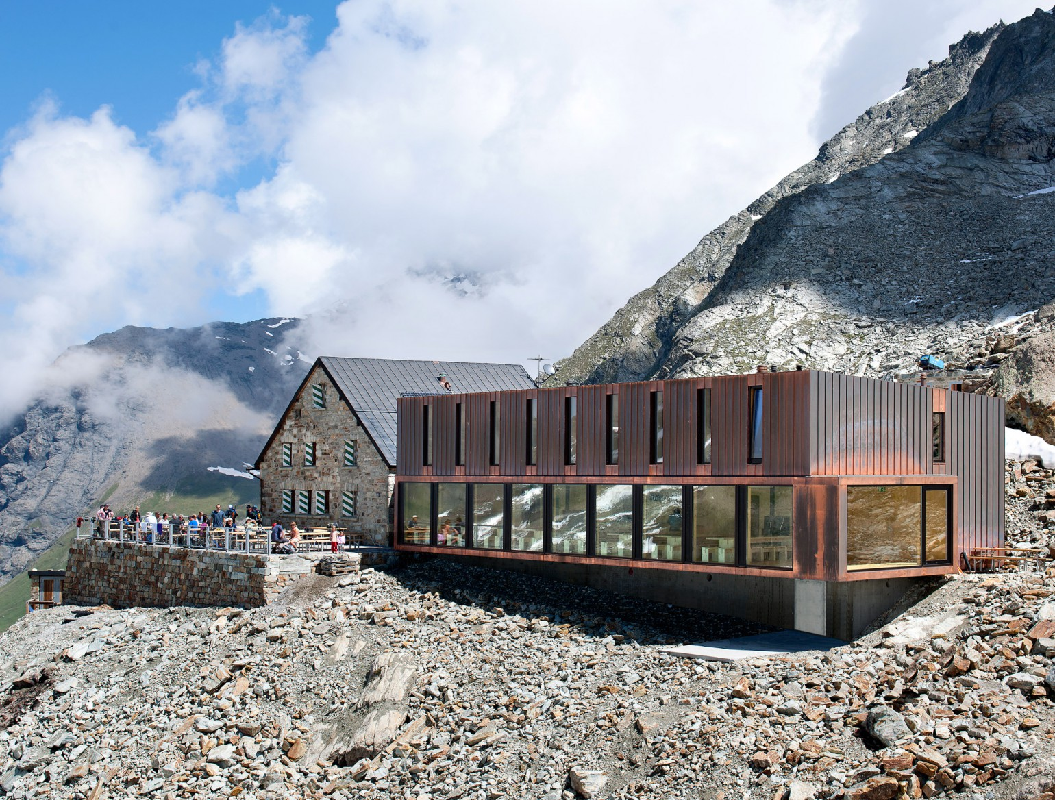 cabane-de-moiry-meyer-architecture-sion-02