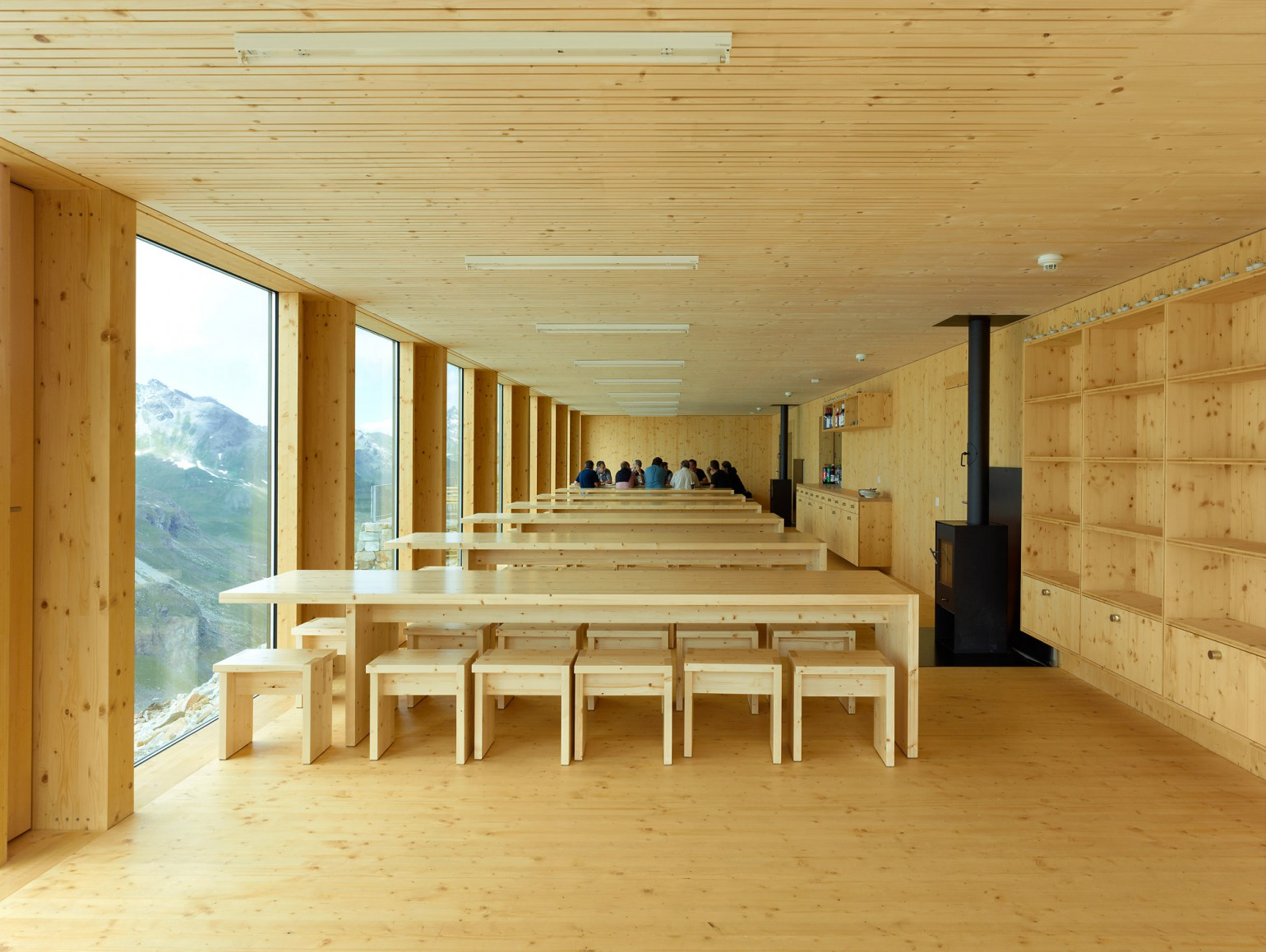 Cabane de moiry meyer architecture sion Meyer architecture