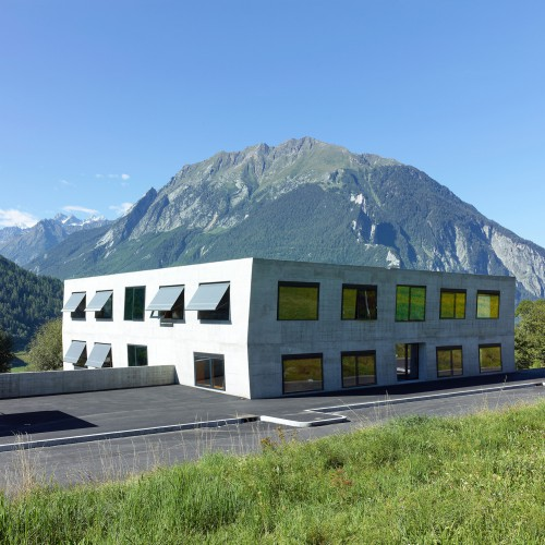 ecole-primaire-volleges-meyer-architecture-sion-01